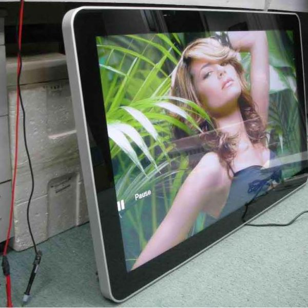(wall mount dual core input) Android digital signages 10-98inches_Page_3